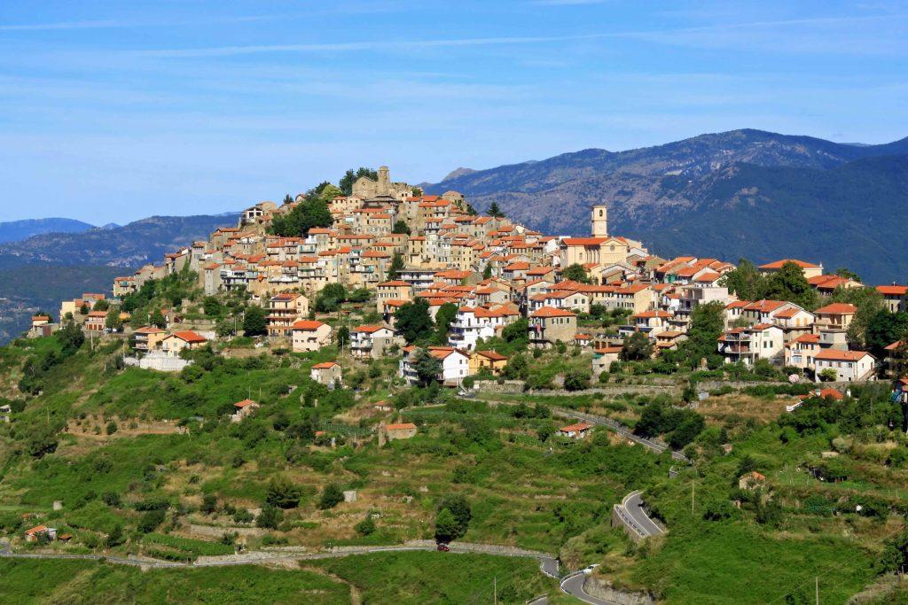 Bajardo (foto Agenzia Regionale di Promozione Turistica In Liguria)